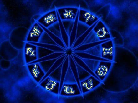 Signos Zodiacales :v
