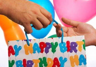 mensajes de cumpleaños a un amigo,saludo de cumpleaños para una amiga,dedicatorias de cumpleaños para un amigo,deseos de cumpleaños para amigo especial,saludos de cumpleaños para amigo especial,mensajes de cumpleaños para amigo especial,textos de cumpleaños para amigo especial