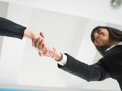 Modelo saludo de bienvenida a una empresa