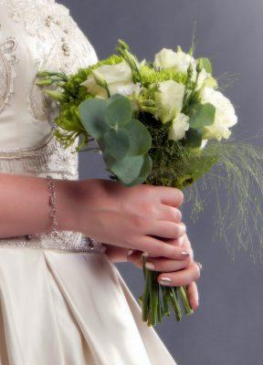 Frases para felicitar por boda a una amiga