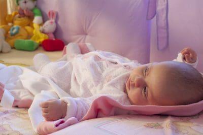 enviar pensamientos de felicitación por nacimiento de bebe, bajar frases de felicitación por nacimiento de bebe