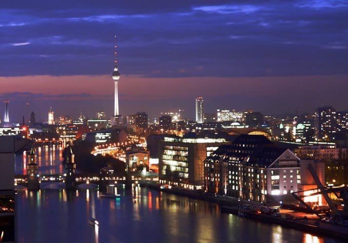 vacantes de trabajo en Alemania,quiero trabajar en Alemania pero no se ingles,vivir en Alemania 2017,que se necesita para trabajar en Alemania,trabajar y vivir en Alemania