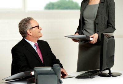 como redactar una carta de solicitud para trabajar en una empresa