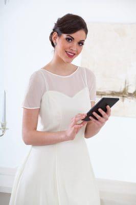 enviar bonitas dedicatorias por boda para tu amiga, buscar frases por boda para mi amiga