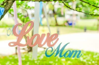 buscar palabras por el Día de la Madre para mi mamá fallecida, bajar mensajes por el Día de la Madre para tu mamá fallecida