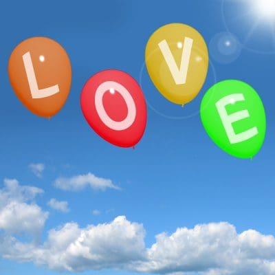 bajar lindas dedicatorias de amor para tu pareja que está lejos, enviar nuevas frases de amor para tu pareja que está lejos