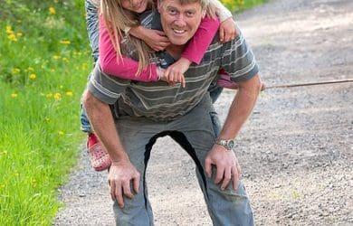 bajar pensamientos por el Día del Padre para mi tio, enviar mensajes por el Día del Padre para tu tio