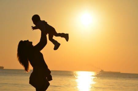 buscar bellas frases del Día de la Madre a la distancia
